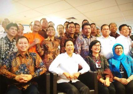 Pelindo II Bantu Pemasangan Listrik untuk 2000 Keluara Miskin di Bogor