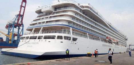 Usai Kunjungi Bali, Surabaya & Semarang, MS Viking Orion Singgah di PelabuhanTanjung Priok
