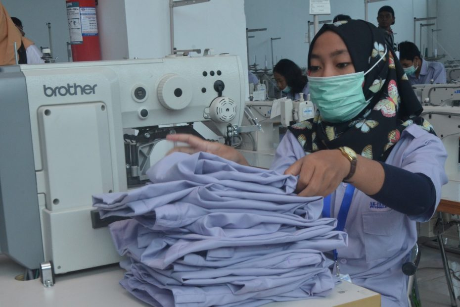 Industri Tekstil dan Pakaian Tumbuh Paling Tinggi