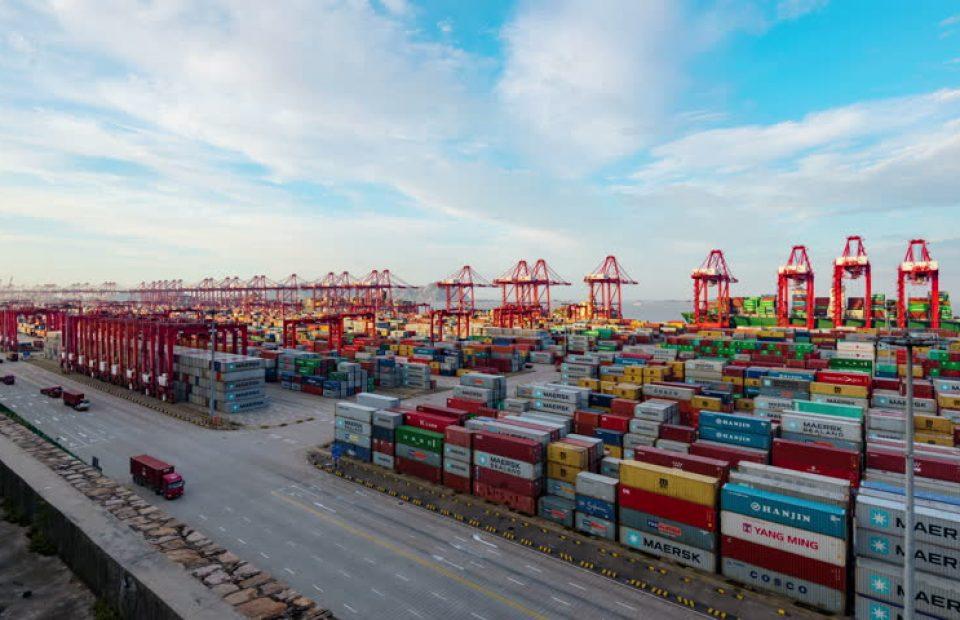 Resume : Container Shortage di Indonesia