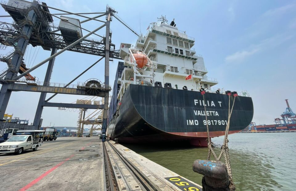 Alibaba Group's Shipping First Call to JICT Marks Its Initial Service in Indonesia